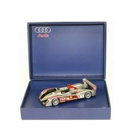 Audi Audi R10 'Winner' 24h Le Mans 2007 - 1:43 - LookSmart