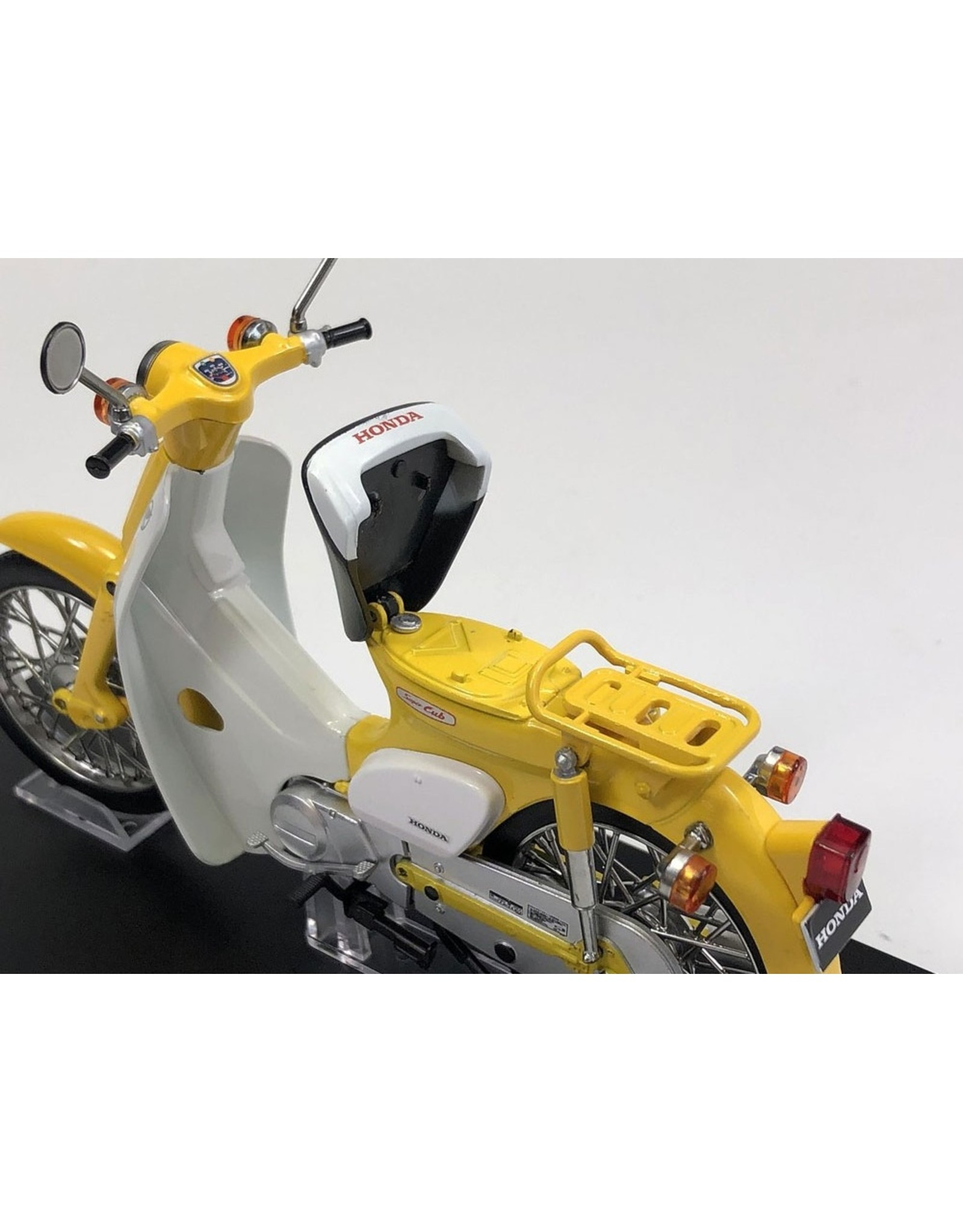 Honda Honda Super Cub - 1:12 - LCD Models