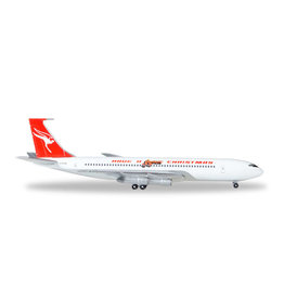 Boeing Boeing 707-300C 'Qantas VH-EAB: Have a Qantastic Christmas' - 1:500 - Herpa