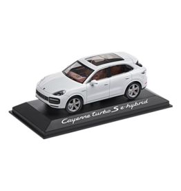 Porsche Porsche Cayenne Turbo S E-Hybrid - 1:43 - Minichamps