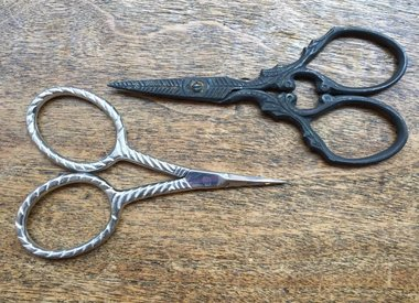 SCISSORS AND THREAD CUTTERS