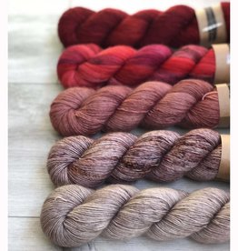 TWISTED FINTCH FIVE SKEIN FADE - MOULIN ROUGE