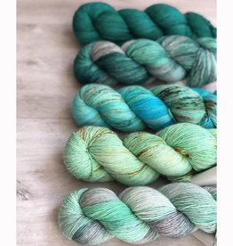 WALK collection FIVE SKEIN FADE - MINTY FRESH