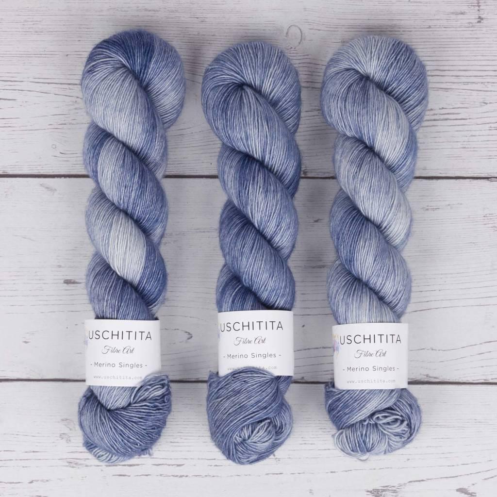 Uschitita USCHITITA SINGLES - BLUE MOON