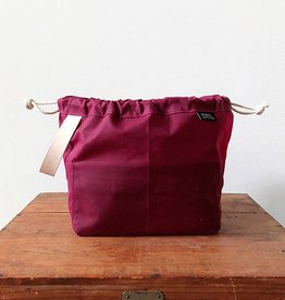 Fringe Supply Co. FIELD BAG - WAXED PLUM