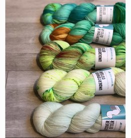 Undercover Otter FIVE SKEIN FADE - GREEN SQUIRM