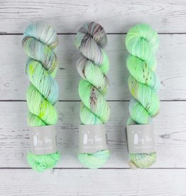 QING FIBRE GLITTER SOCK - LOST WINDS