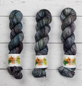 Giggling Gecko Yarns GGY - NIGHT SHADE