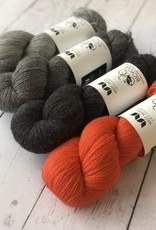 West Wool WESTKNITS KIT TRIANGLEGRAM - BEATRIX
