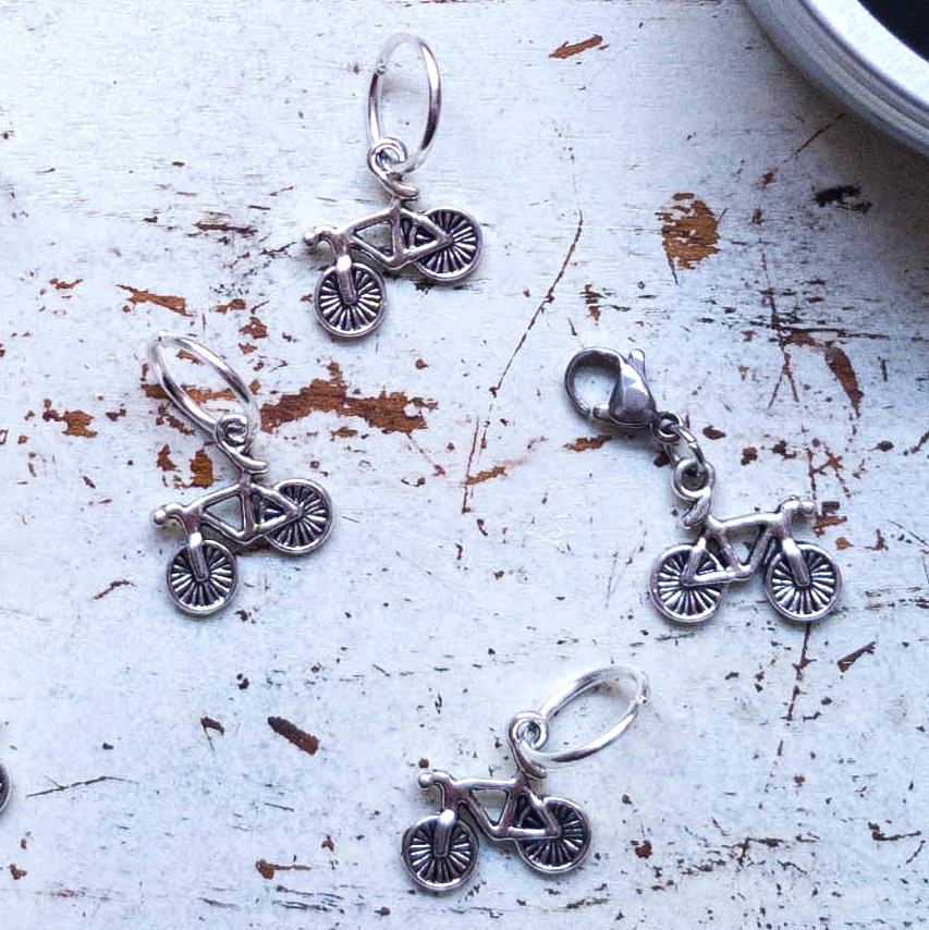 BICYCLE SILVER STITCH MARKERS 9PCS