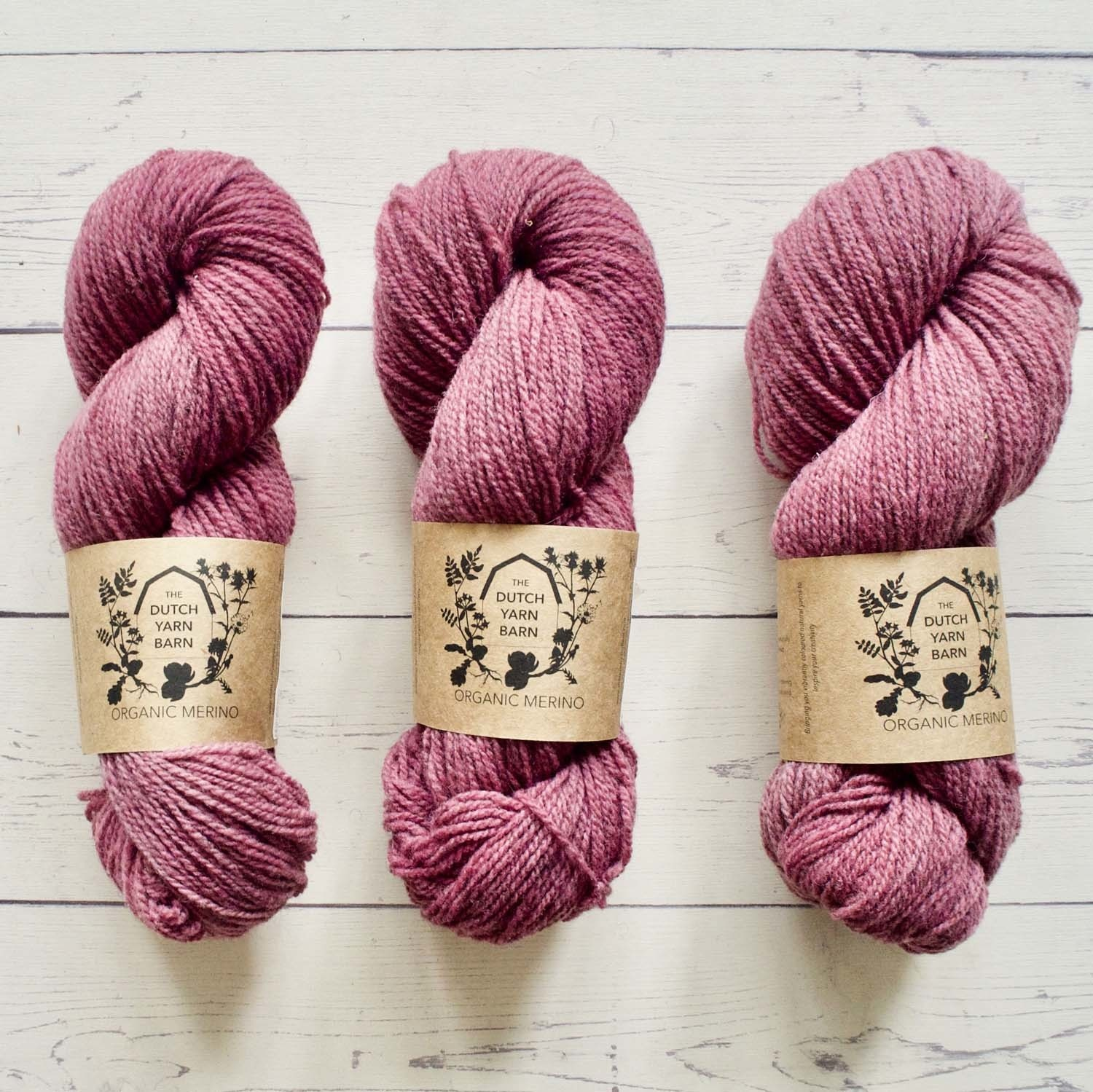 DUTCH YARN BARN ORGANIC MERINO - FUCHSIA
