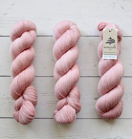 Mominoki Yarn SOCK FINE 4PLY - FLAMINGO
