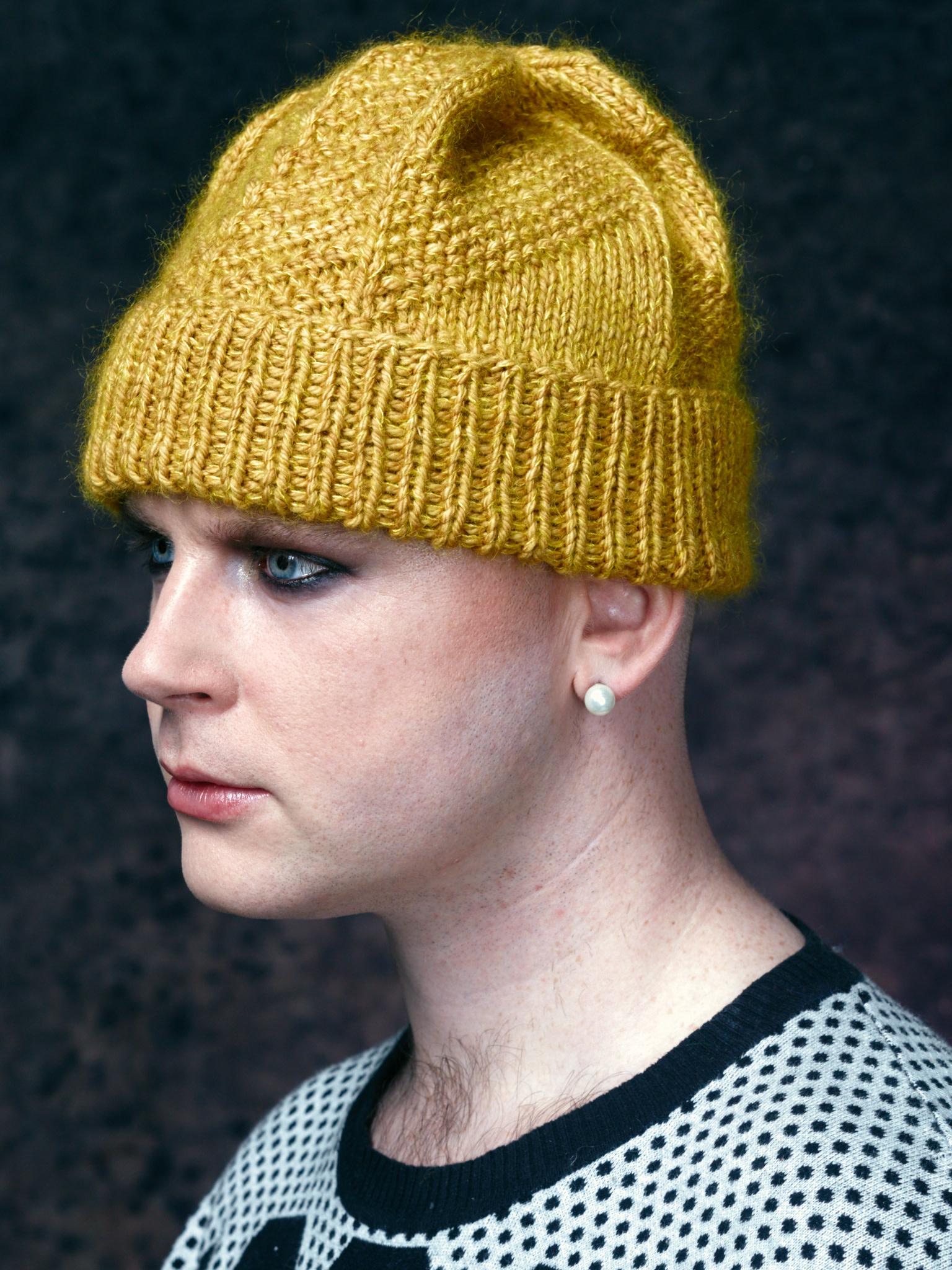 Westknits WK HIBERKNITTING HAT - KIT AUBERGINE