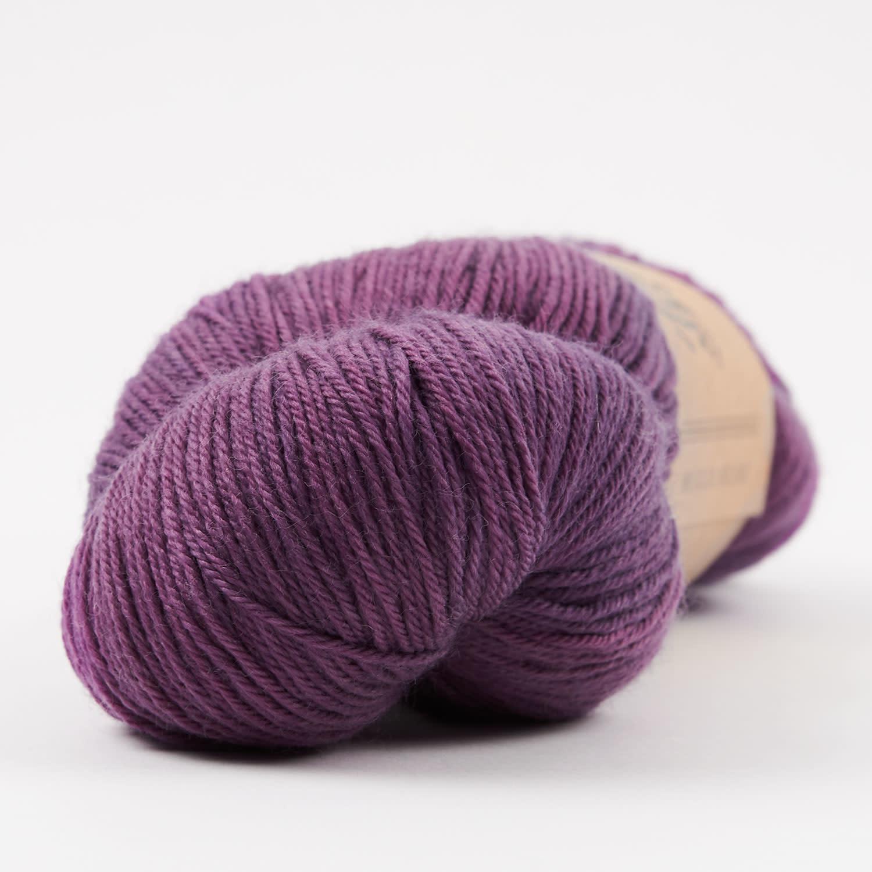 Tíntica MERINO FINGERING SOCK - BLUEBERRY