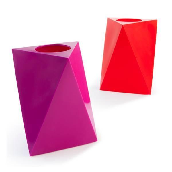WET delta II vase by WET