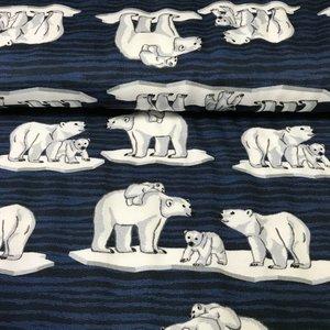 Polar bear at places - sweater