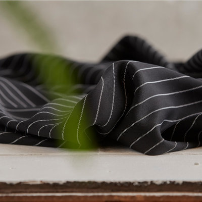 Meet Milk - Tencel pin stripe piqué - Black