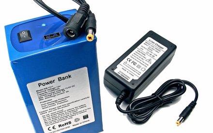 Li-Ion Power Bank Battery Pack LED