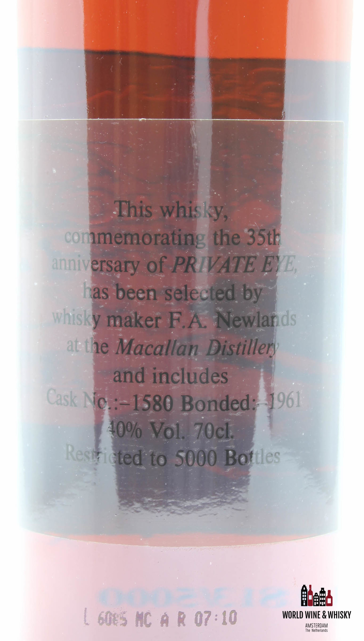 Macallan Macallan 35th Anniversary of Private Eye - Bonded 1961 - Cask 1580 40%
