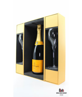 Veuve Clicquot Veuve Clicquot Champagne Brut - in luxury case + 2 flutes glasses