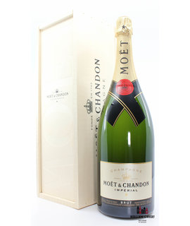Moët Chandon Moët Chandon Imperial Champagne Brut Magnum - in wooden case (1500 ml)