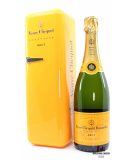 Veuve Clicquot Veuve Clicquot Champagne Brut - in orange fridge