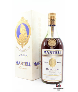 J & F Martell J & F. Martell V.S.O.P. Médaillon Cognac - Bottled in the 60s 40% (in case)
