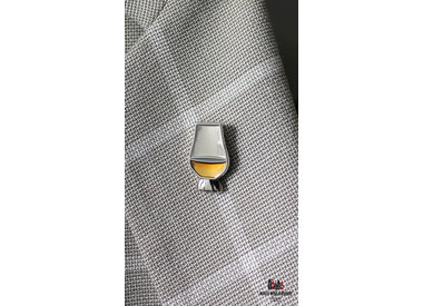 Whisky badges and keychains