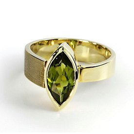 Peridot Navette Ring Gelbgold 585