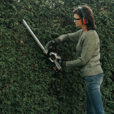 Batavia 18V battery hedge trimmer | Maxxpack Collection