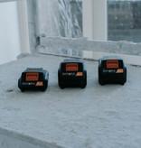 Batavia Battery 2.0Ah and Charger 2.4Ah - 18V | MaxxPack Battery Platform
