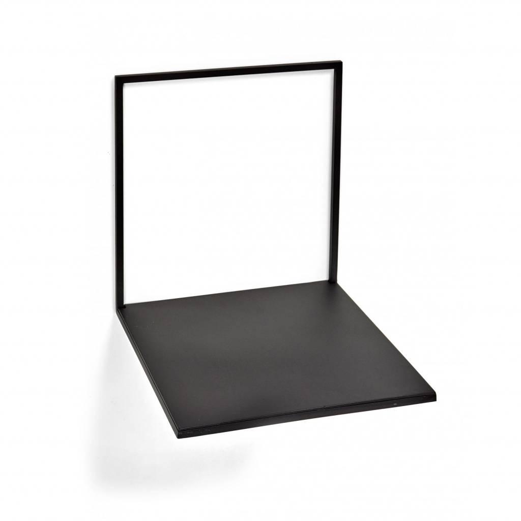 Modern en strak wandplankje van  zwart metaal