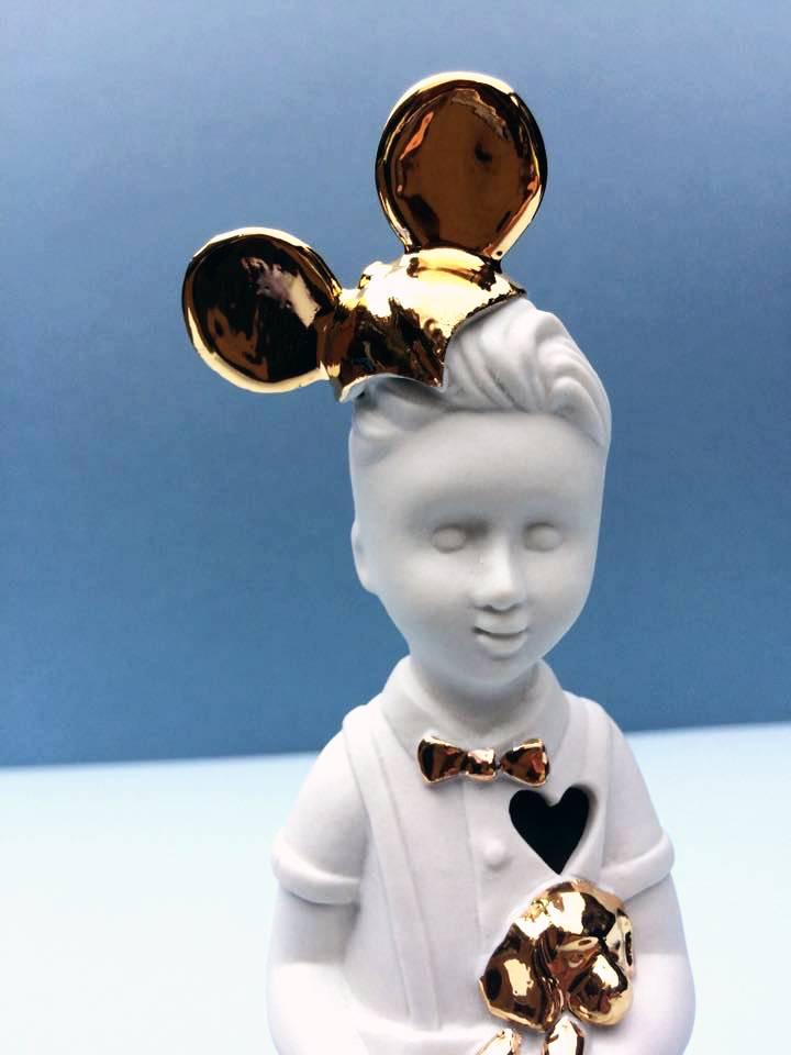 Mini popje jongen met Mickey Mouse oren van Lammers en Lammers