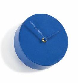 Blauwe klok