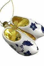 Aparte kersthanger van glas in de vorm van klompen