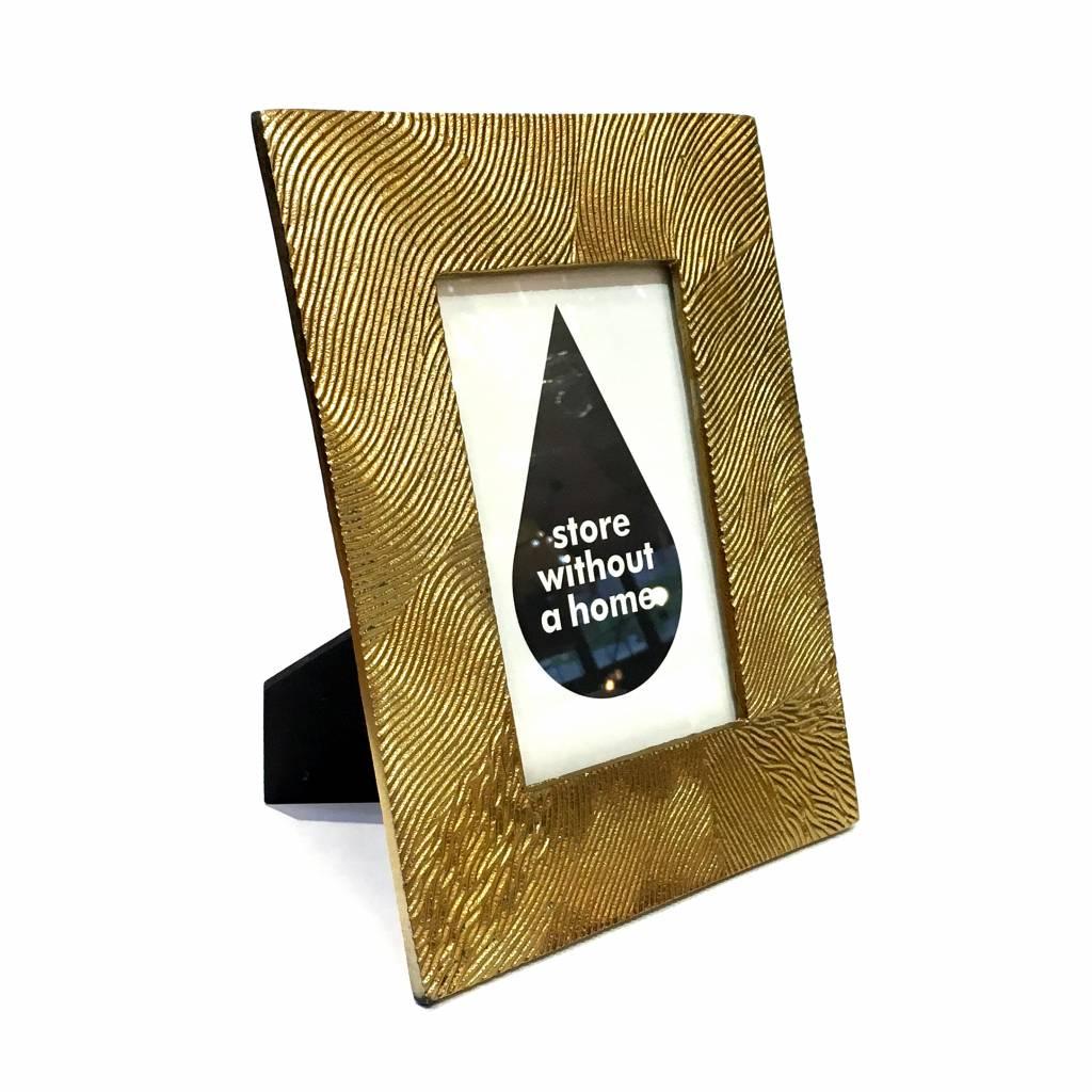 Metalen fotolijst met goud look finish
