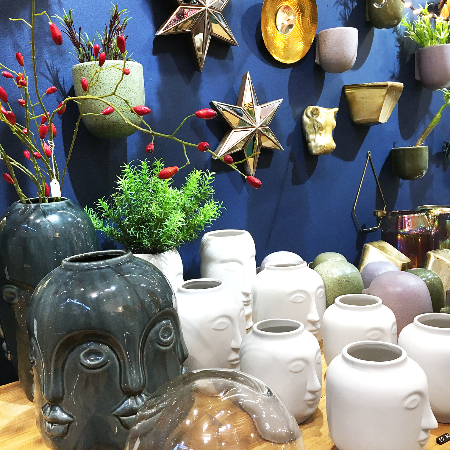 White ceramic head vase