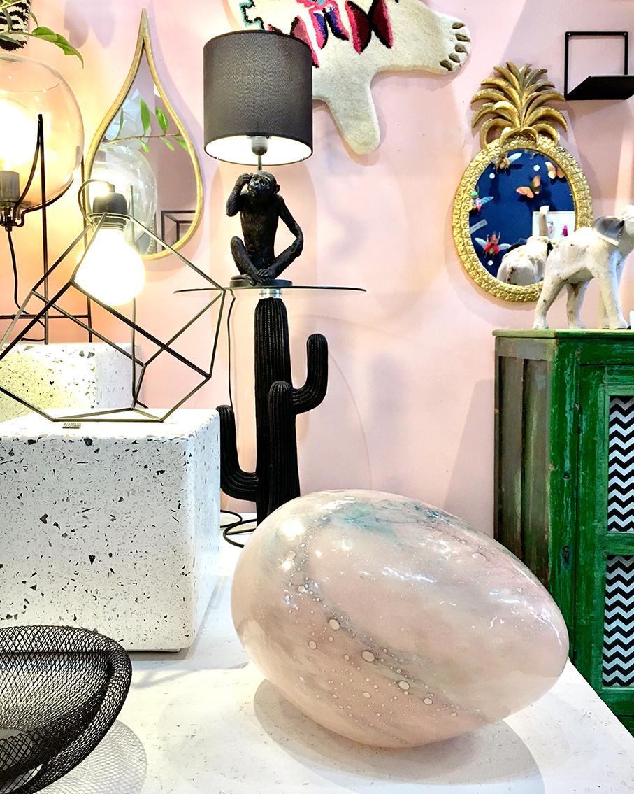 "Modern pink glass table lamp ""Opal"""