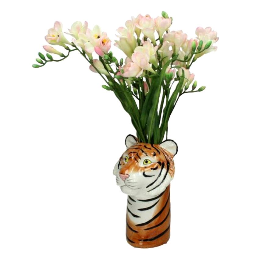 Vaas van keramiek in de vorm van een tijger