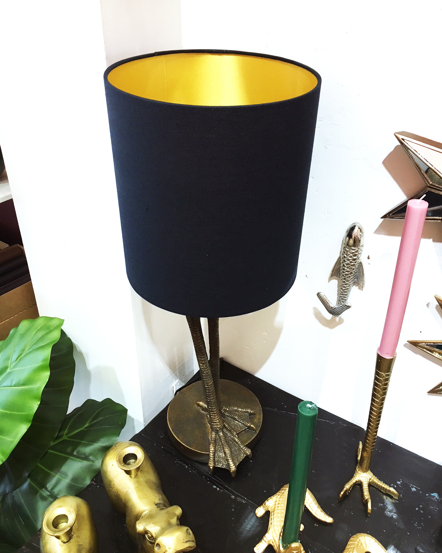 Gold bird legs table lamp with shade