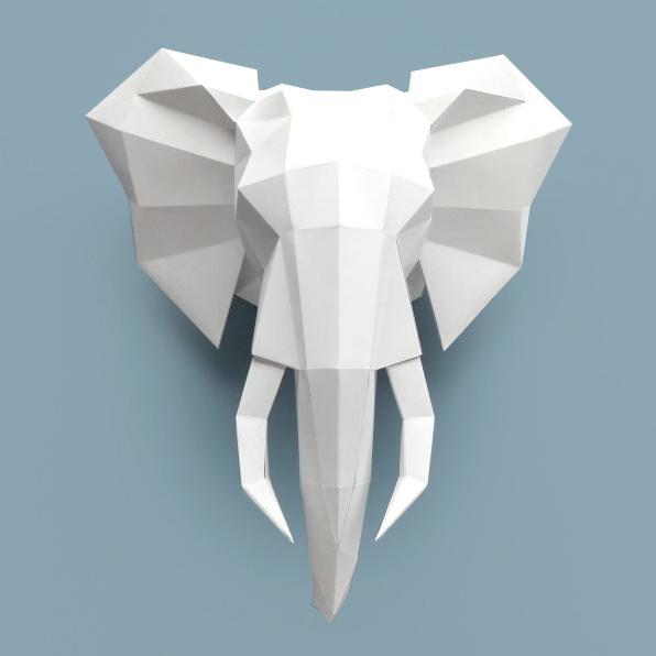 Wit papieren olifant dierenhoofd om te knutselen