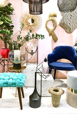 Blue velvet knotted chair