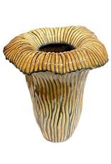 Design vaas van bruin keramiek in de vorm van een zwam