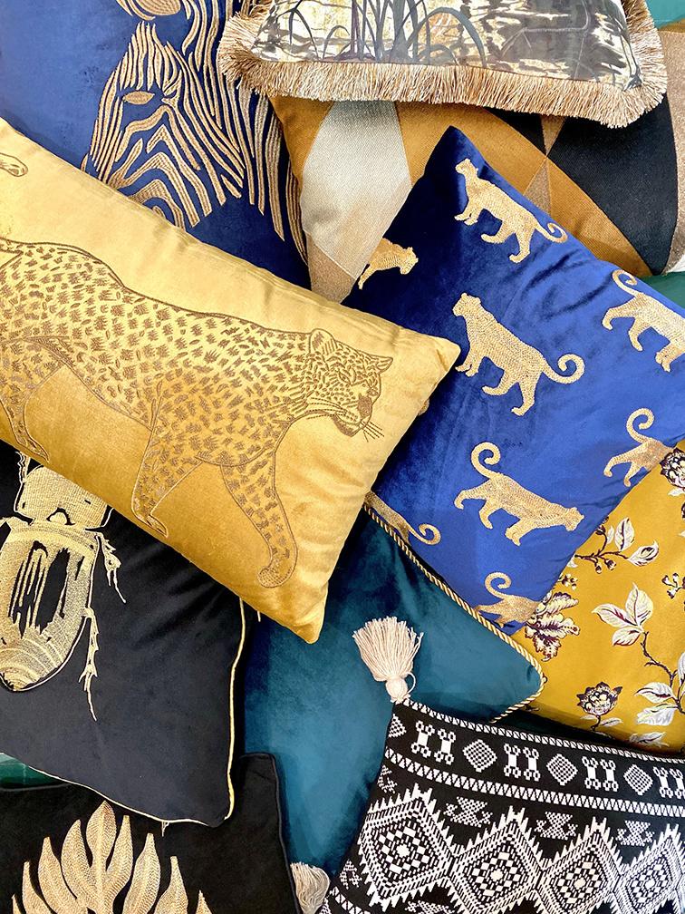 Luxe rechthoekig sierkussen met luipaard