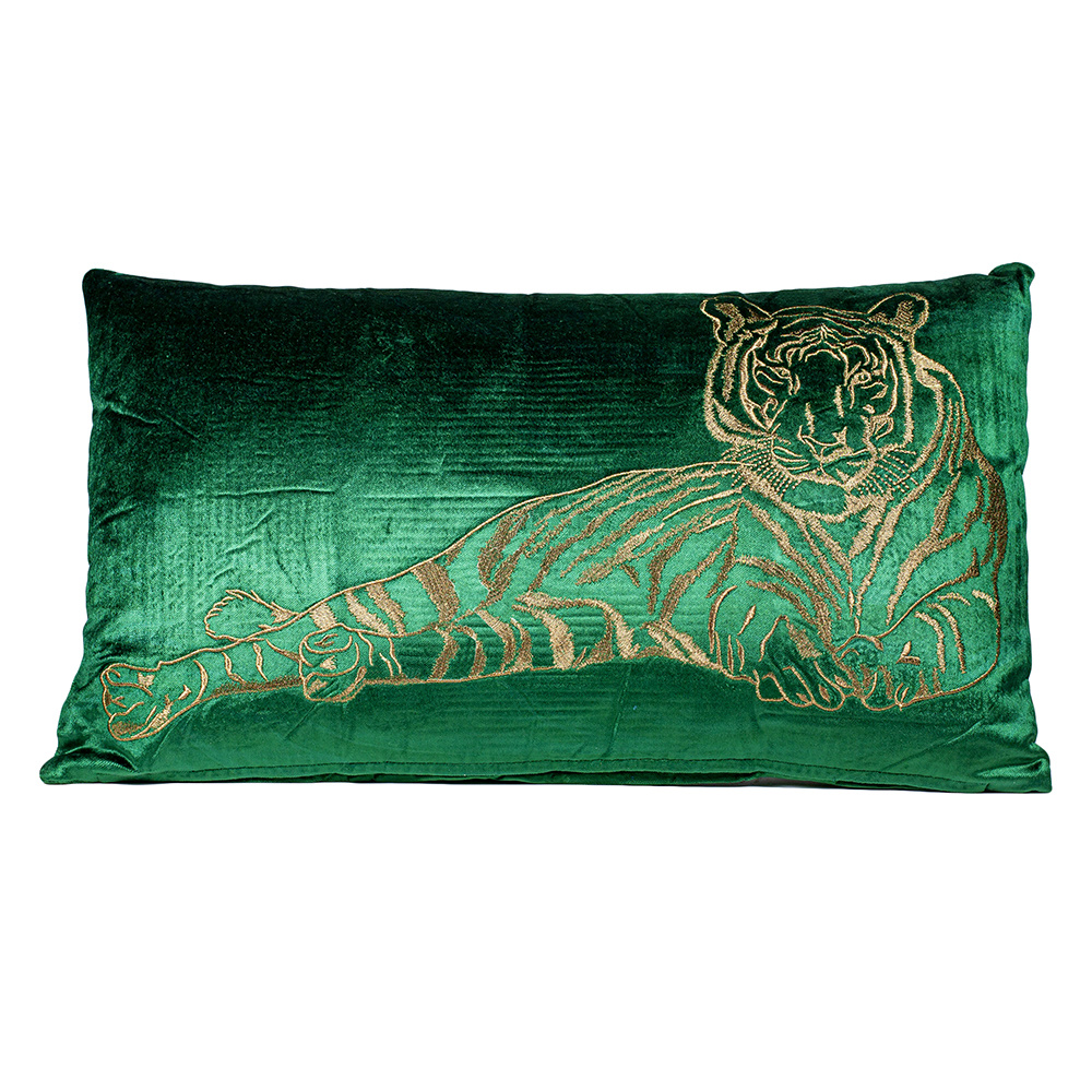 Rectangular luxury cushion with tiger