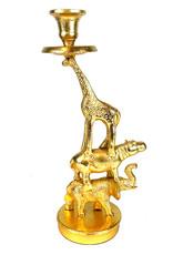 Gouden kandelaar met gestapelde dieren