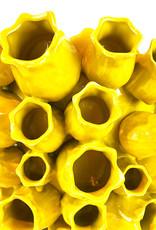 Grote gele design vaas met tulpen decoratie