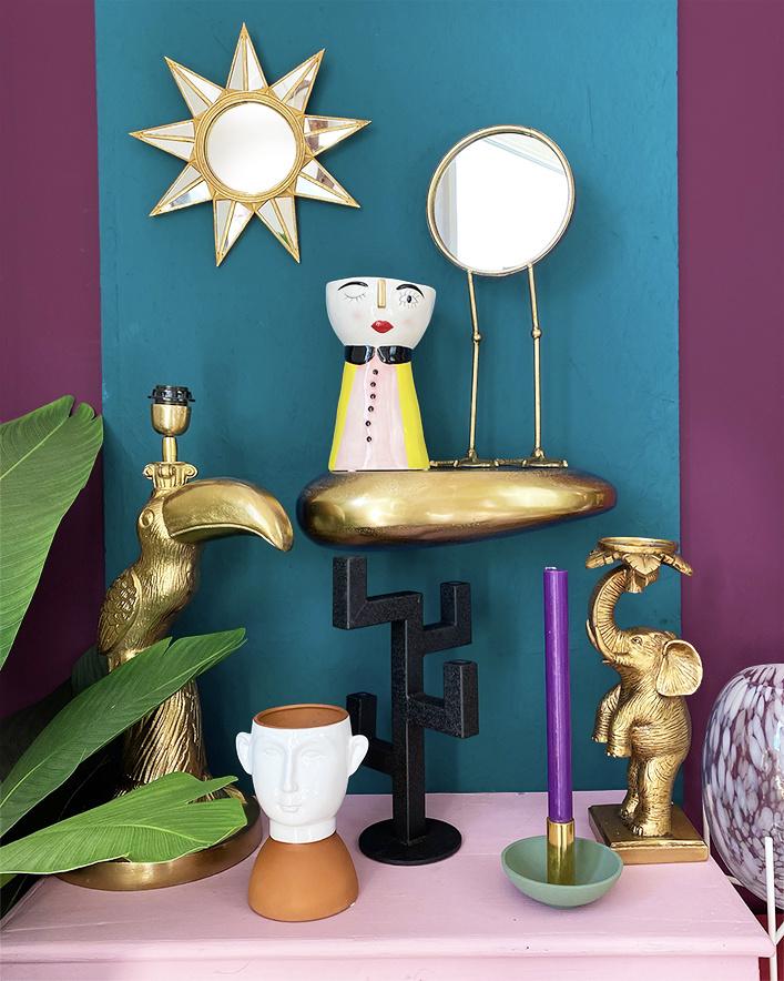 Gold elephant candlestick