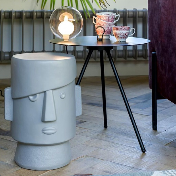 "Head shaped side table ""Coco"""