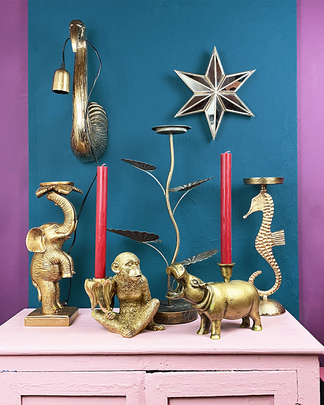 Gold monkey with banana candlestick